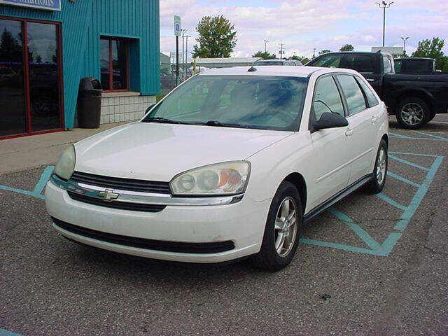 2005 Chevrolet Malibu Maxx for sale at VOA Auto Sales in Pontiac MI