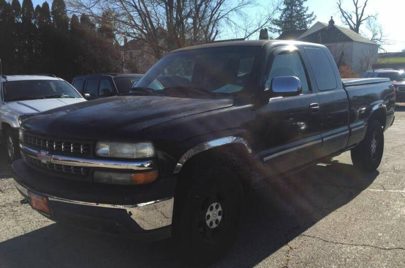 1999 Chevrolet Silverado 1500 for sale at Knowlton Motors, Inc. in Freeport IL