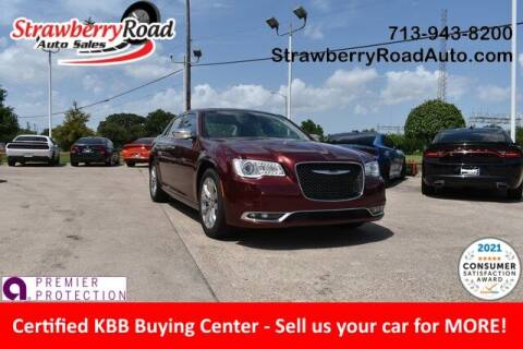 2019 Chrysler 300 for sale at Strawberry Road Auto Sales in Pasadena TX