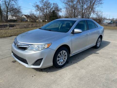 2014 Toyota Camry for sale at Mr. Auto in Hamilton OH