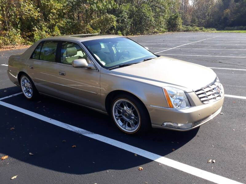 2006 Cadillac DTS for sale at JCW AUTO BROKERS in Douglasville GA