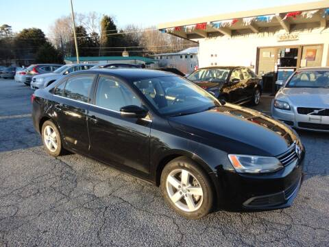 2013 Volkswagen Jetta for sale at HAPPY TRAILS AUTO SALES LLC in Taylors SC