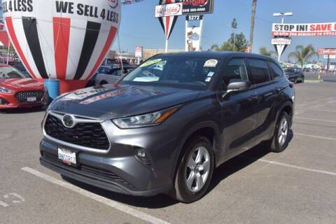 2020 Toyota Highlander for sale at Choice Motors in Merced CA