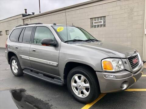 2005 GMC Envoy for sale at Richardson Sales & Service in Highland IN