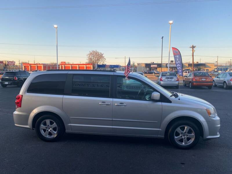 2012 Dodge Grand Caravan for sale at Traditional Autos in Dallas TX