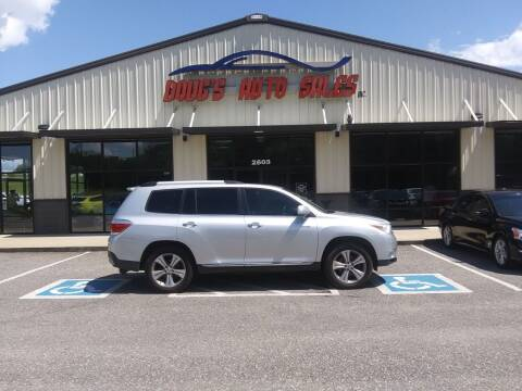 2011 Toyota Highlander for sale at DOUG'S AUTO SALES INC in Pleasant View TN