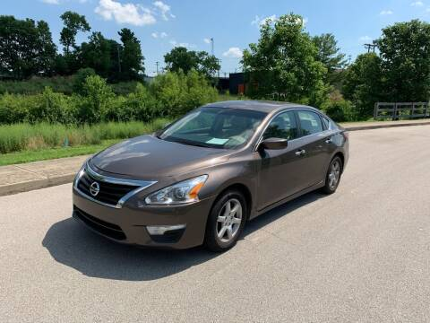 2015 Nissan Altima for sale at Abe's Auto LLC in Lexington KY