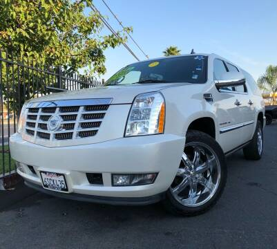 2011 Cadillac Escalade ESV for sale at LUGO AUTO GROUP in Sacramento CA