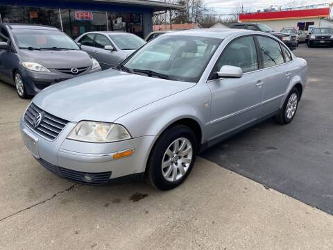 2003 Volkswagen Passat for sale at Wise Investments Auto Sales in Sellersburg IN