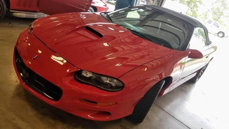 2001 Chevrolet Camaro for sale at Gary Miller's Classic Auto in El Paso IL