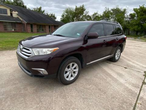 2012 Toyota Highlander for sale at RODRIGUEZ MOTORS CO. in Houston TX