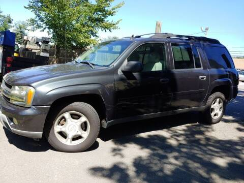 2006 Chevrolet TrailBlazer EXT for sale at J's Auto Exchange in Derry NH
