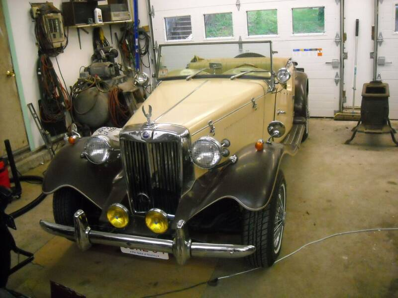1947 MG TD for sale at CARuso Classic Cars in Tampa FL