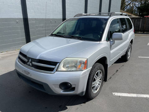 2006 Mitsubishi Endeavor for sale at APX Auto Brokers in Lynnwood WA