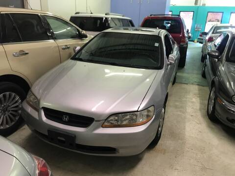 2000 Honda Accord for sale at Cargo Vans of Chicago LLC in Mokena IL