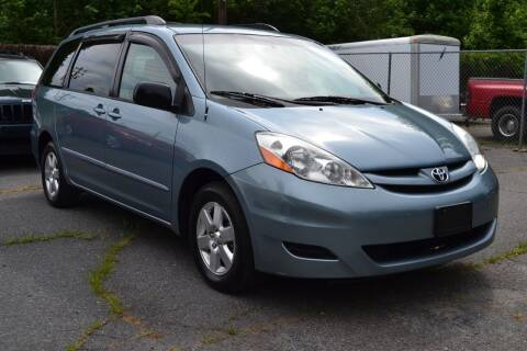 2008 Toyota Sienna for sale at Victory Auto Sales in Randleman NC