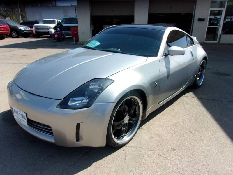 2003 Nissan 350Z for sale at World Wide Automotive in Sioux Falls SD