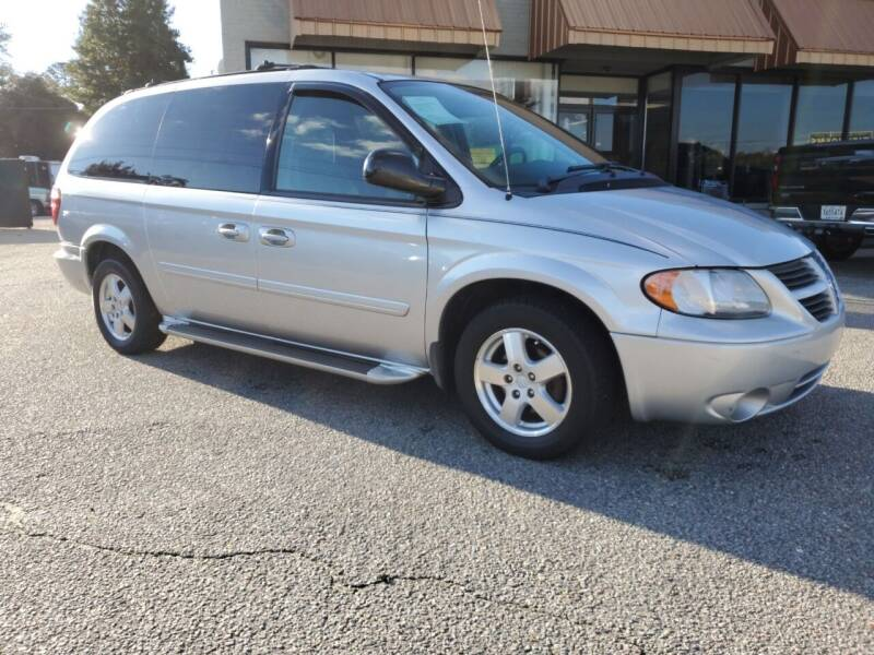 2005 Dodge Grand Caravan for sale at Ron's Used Cars in Sumter SC