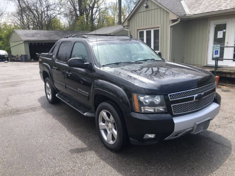 2013 Chevrolet Avalanche for sale at Sharpin Motor Sales in Columbus OH