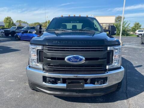 2018 Ford F-250 Super Duty for sale at Davco Auto in Fort Wayne IN