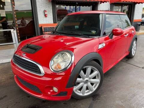 2007 MINI Cooper for sale at LATINOS MOTOR OF ORLANDO in Orlando FL