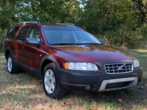 2006 Volvo XC70 for sale at Essen Motor Company, Inc in Lebanon TN