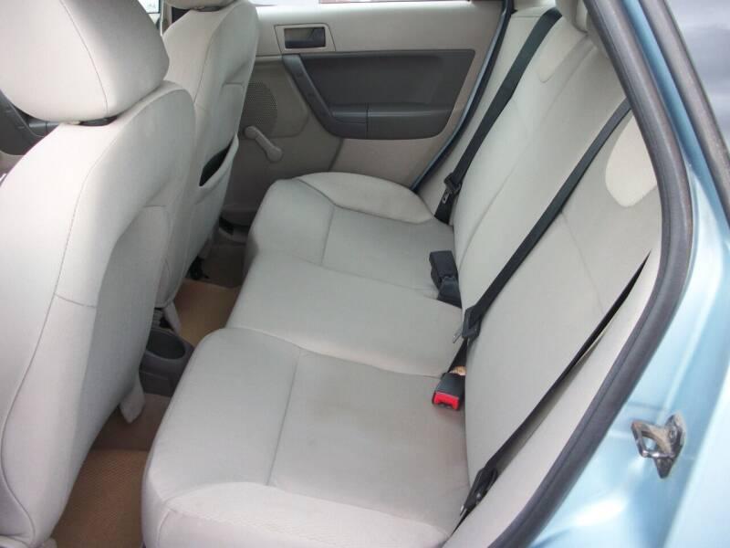2009 Ford Focus S 4dr Sedan - Chehalis WA