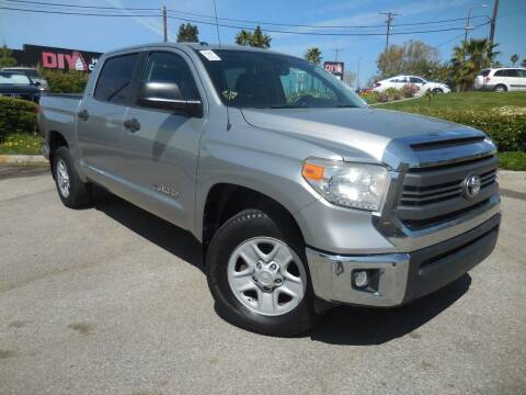 2015 Toyota Tundra for sale at ARAX AUTO SALES in Tujunga CA