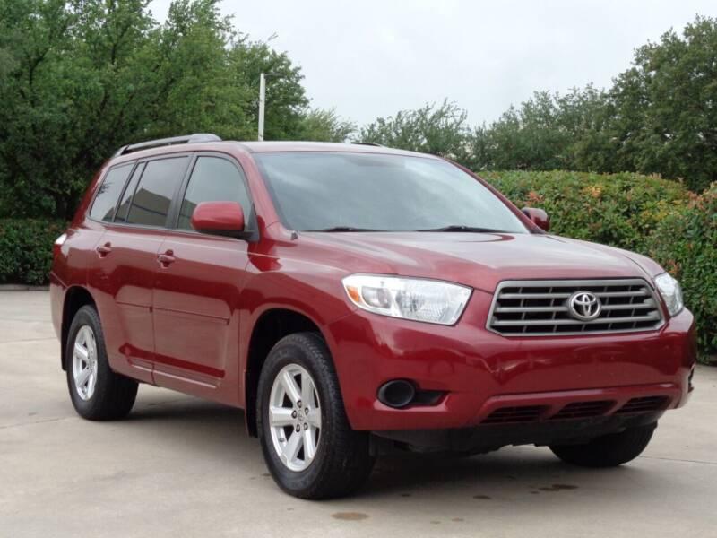 2010 Toyota Highlander for sale at Auto Starlight in Dallas TX