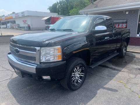 2008 Chevrolet Silverado 1500 for sale at PETE'S AUTO SALES LLC - Middletown in Middletown OH