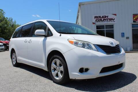 2013 Toyota Sienna for sale at UpCountry Motors in Taylors SC