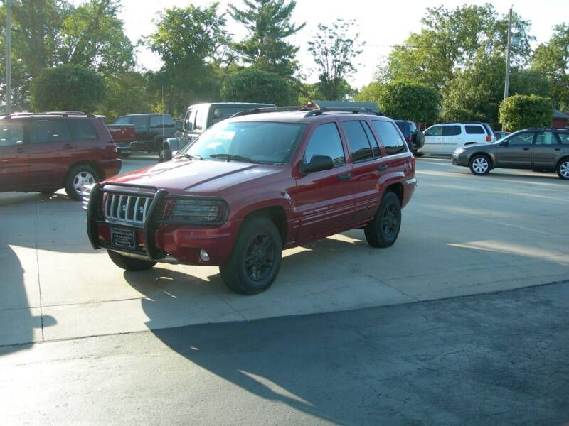 2004 Jeep Grand Cherokee for sale at The Auto Specialist Inc. in Des Moines IA