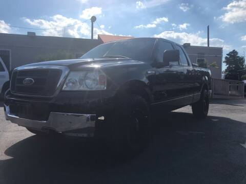2004 Ford F-150 for sale at Saipan Auto Sales in Houston TX