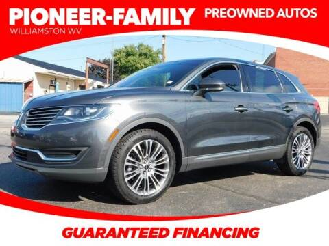 2018 Lincoln MKX for sale at Pioneer Family preowned autos in Williamstown WV