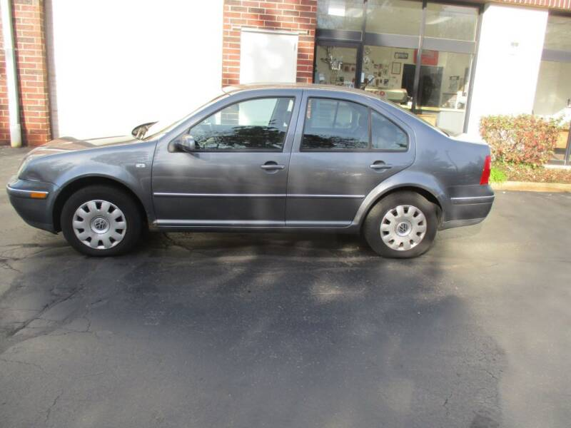 2004 Volkswagen Jetta for sale at KEY USED CARS LTD in Crystal Lake IL