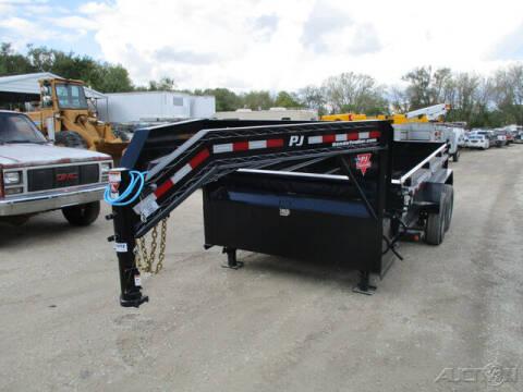 2022 PJ Trailer DL Gooseneck Dump DLR1472BSSK for sale at Rondo Truck & Trailer in Sycamore IL