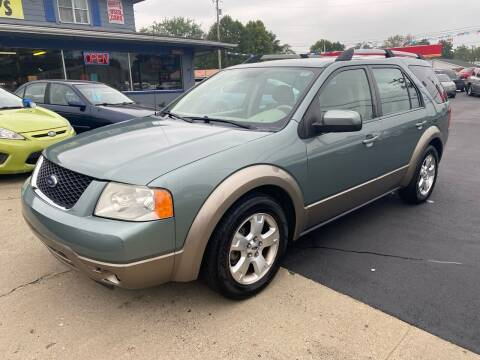 2006 Ford Freestyle for sale at Wise Investments Auto Sales in Sellersburg IN