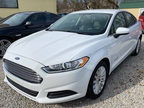 2014 Ford Fusion Hybrid for sale at Claborn Motors, LLC. in Cambridge City IN