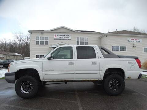 2005 Chevrolet Avalanche for sale at SOUTHERN SELECT AUTO SALES in Medina OH