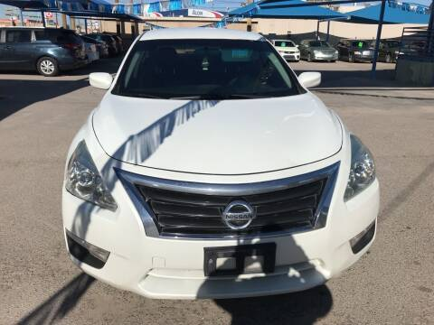 2014 Nissan Altima for sale at Autos Montes in Socorro TX