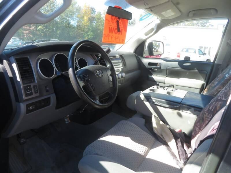 2010 Toyota Tundra 4x4 Grade 4dr Double Cab Pickup SB (4.6L V8) - Concord NH