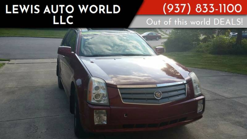 2005 Cadillac SRX for sale at Lewis Auto World LLC in Brookville OH