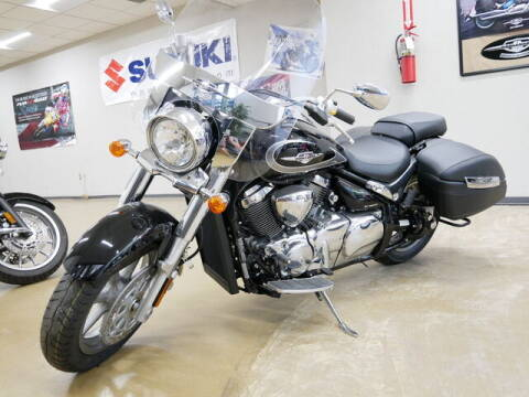 2018 Suzuki CRUISER VL1500TL8 for sale at Rydell Auto Outlet in Mounds View MN