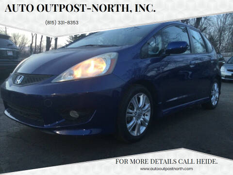 2010 Honda Fit for sale at Auto Outpost-North, Inc. in McHenry IL