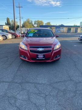 2013 Chevrolet Malibu for sale at Mike's Auto Sales in Yakima WA