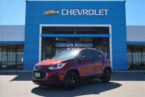 2021 Chevrolet Trax for sale at Lipscomb Auto Center in Bowie TX