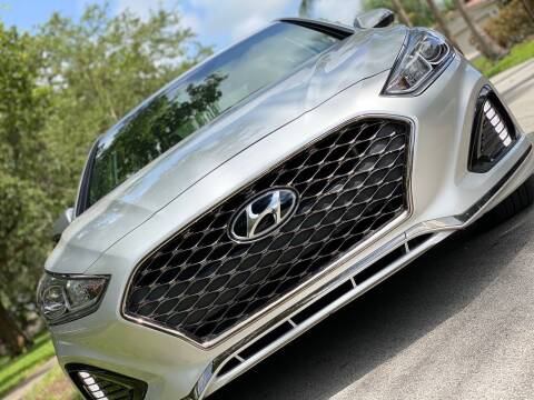 2018 Hyundai Sonata for sale at HIGH PERFORMANCE MOTORS in Hollywood FL