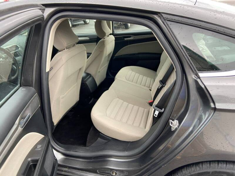 2017 Ford Fusion SE 4dr Sedan - Oswego NY