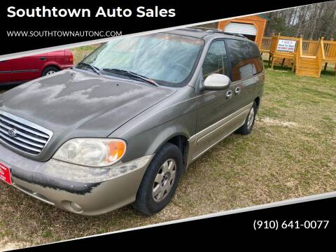 2003 Kia Sedona for sale at Southtown Auto Sales in Whiteville NC