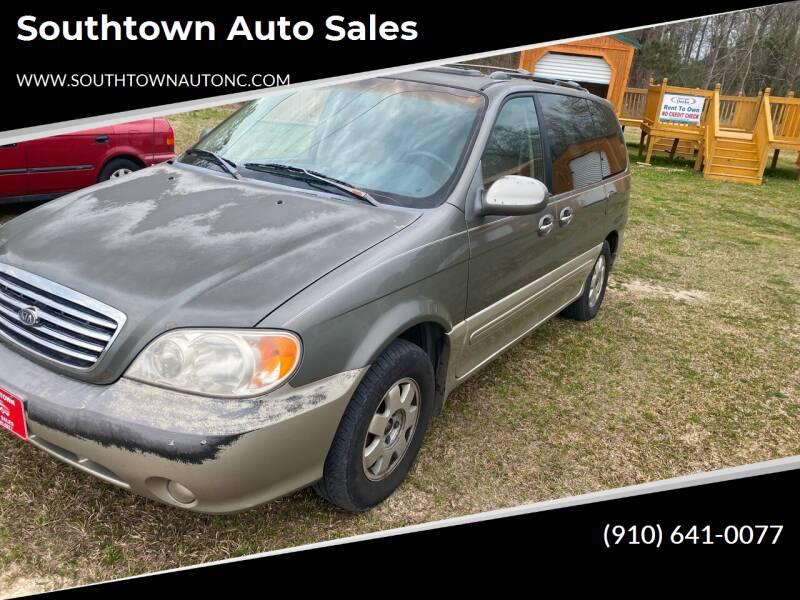 2003 Kia Sedona for sale at Southtown Auto Sales in Whiteville NC